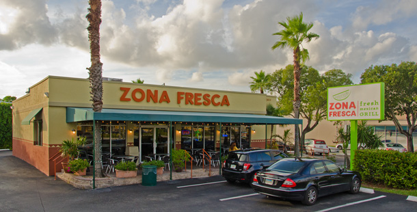 Zona Fresca, Fort Lauderdale, FL store.            Photo by Robert Giordano, Design215.com